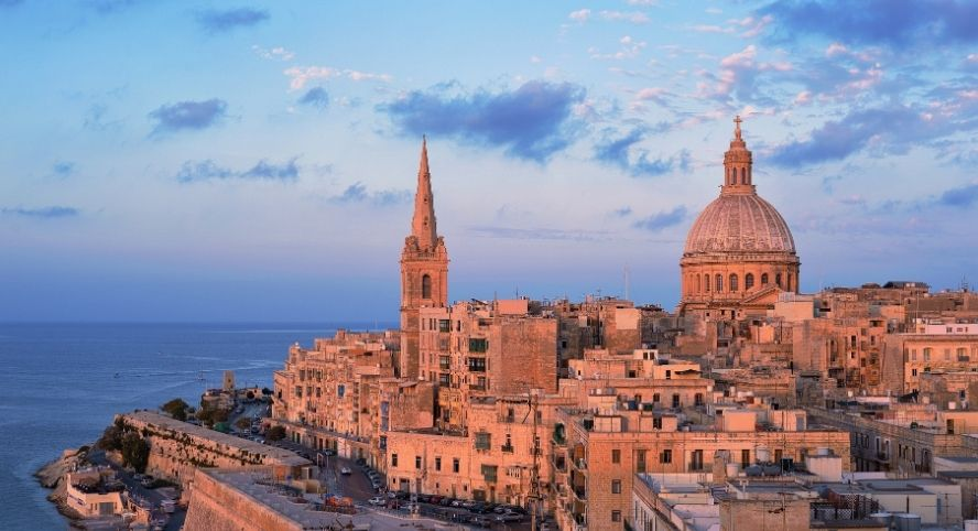 Malte, Partir en Europe